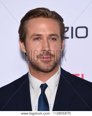 LOS ANGELES - NOV 12:  Ryan Gosling arrives to the AFI Fest 2015 Closing Gala 'The Big Short' World Premiere  on November 12, 2015 in Hollywood, CA.