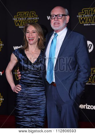 LOS ANGELES - DEC 14:  Frank Oz arrives to the