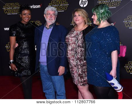 LOS ANGELES - DEC 14:  George Lucas arrives to the
