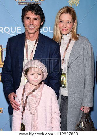 LOS ANGELES - DEC 09:  Travis Barker, Landon Barker & Alabama Barker arrives to Cirque du Soleil's