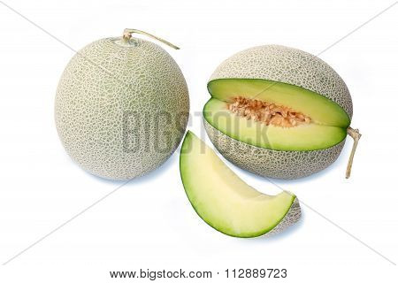 cantaloupe melons with slices ready to eat