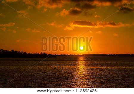sunrise chasewater
