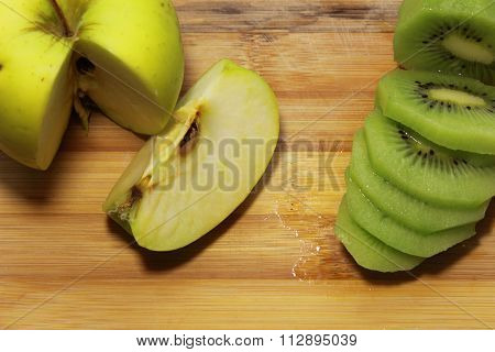 kiwi and apple