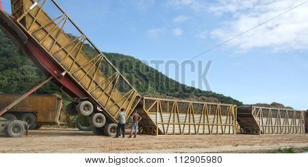 Heavy duty container lorry