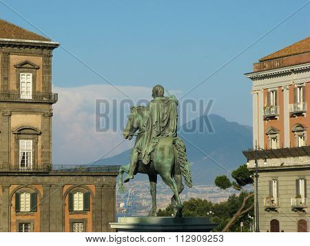 Piazza Del Plebiscito, Napoli (naples)