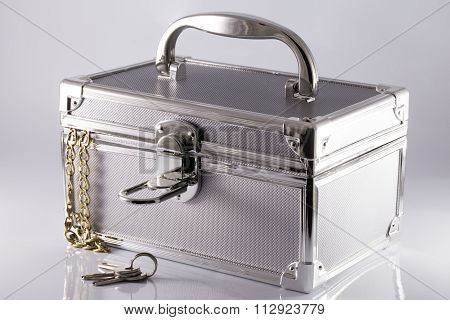 Silvery Suitcase-box