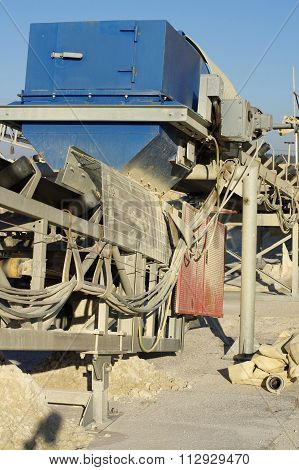 conveyor sand extraction