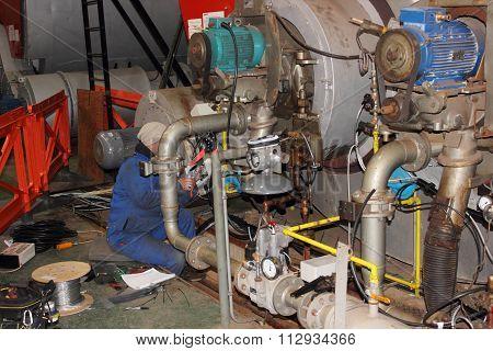 Dual fuel boiler