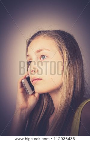 Teenage Girl Telephoned, Grain Effect