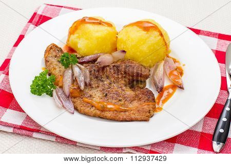Fried Veal Liver With Shallots, Top View