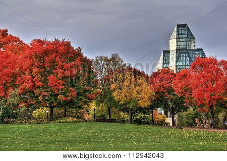 National Gallery of Canada and autumn colours