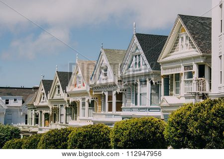 Victorian Houses On Alamo Square, San Francisco, Usa