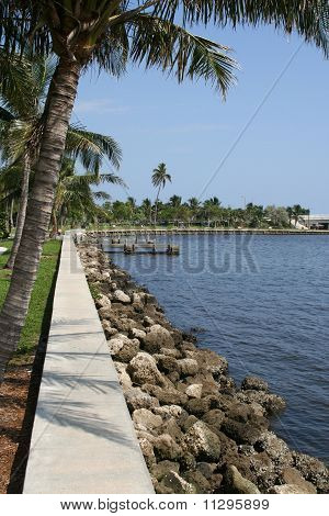 Intracoastal park