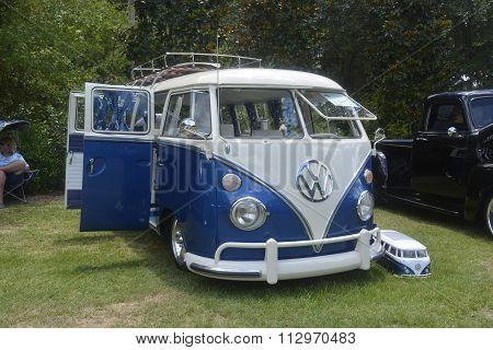 Volkswagen retro vintage car / Split Bus, ancient van with sample