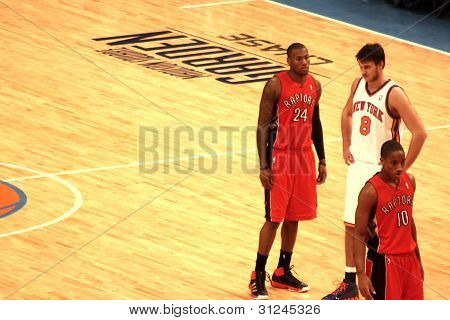 """Danilo Gallinari, Clarence """"Sonny"""" Weems and DeMar DeRozan during NBA knicks match at madison square"""