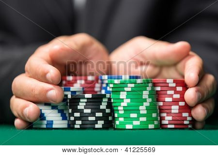 Poker-Spieler geht