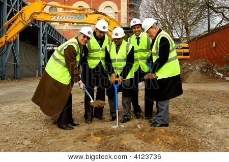 Finzel'S Reach Ground Breaking Ceremony
