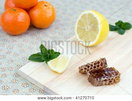 Honeycomb, Lemon, Peppermint And Mandarins