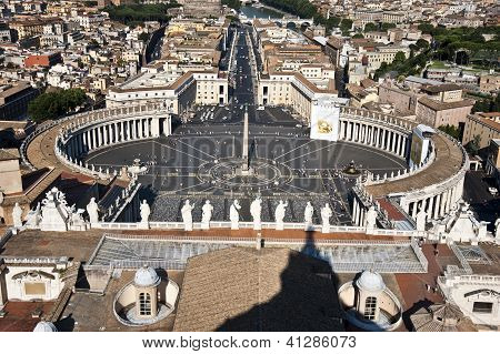 Aerial view of Saint Peter's Square in Rome, Italy