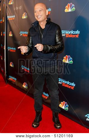NEW YORK-SEP 17: Judge and comedian Howie Mandel attends the pre-show red carpet for NBC's