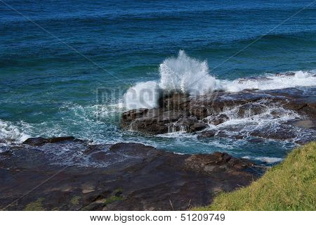Surf on Rocks