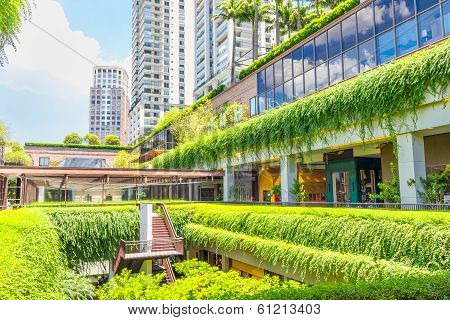 Ecologic Building Shopping Mall In Sao Paulo, Brazil