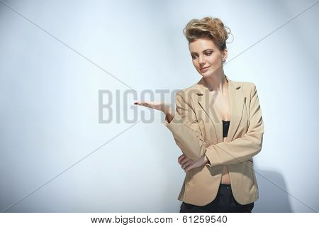 Woman holding blank copy space on the palm