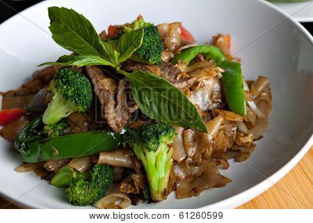 Drunken Noodle With Beef