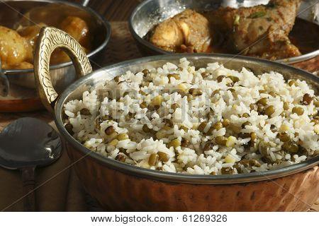 Oshi joor-rawtee - A rice dish from Afghanistan