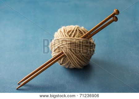 Yarn Ball with Knitting Needles