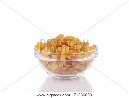 Full bowl with raisins.