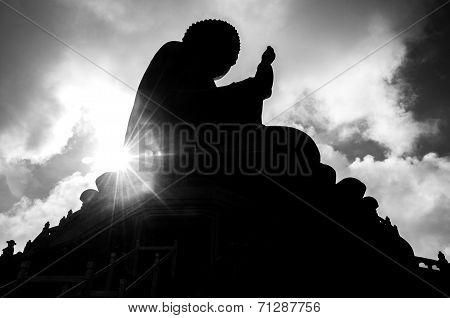 Hongkong-July 4,2014: Tian Tan Buddha or Giant buddha on Lantau Island