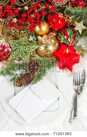 Festive Christmas Table Setting Decoration