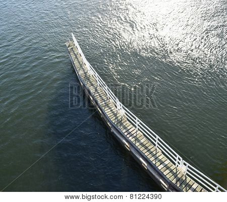 Landing bridge