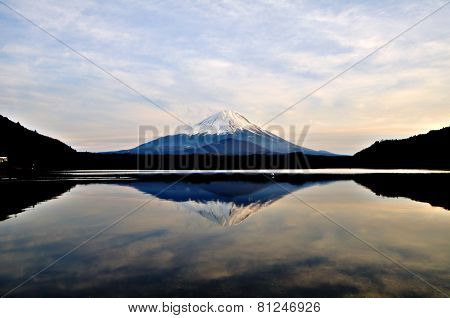 Mount Fuji at Lake Sh?ji