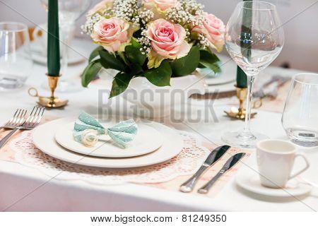 Romantic table setting