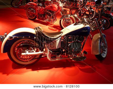 Luxury Street Motor Bike