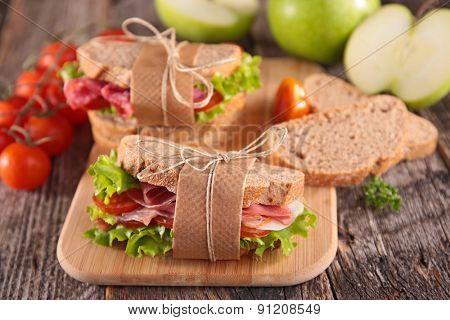 sandwich on board