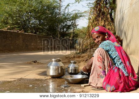 Simple Living On The Desert In Gujarat