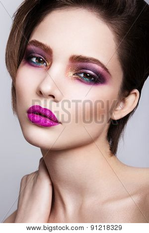 Glamour portrait of beautiful woman model with fresh daily makeup