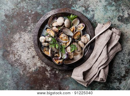 Shells Vongole Venus Clams In Metal Dish On Metal Background