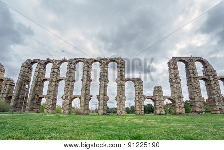 Front view of Aqueduct of the Miracles in Merida