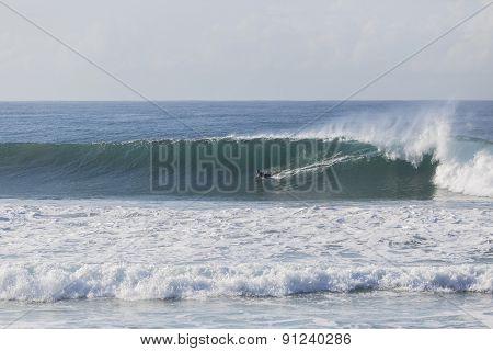 Surfing Rider Wave