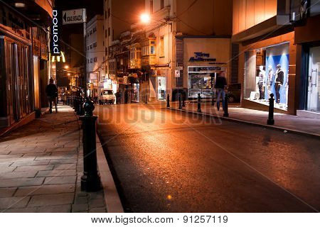 Valletta, Malta - February 20, 2010. Street With Olfashioned Buidings And Balconies, Night View.
