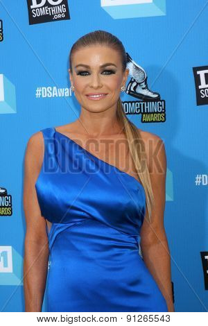 LOS ANGELES - JUL 31:  Carmen Electra arrives at the 2013 Do Something Awards at the Avalon on July 31, 2013 in Los Angeles, CA