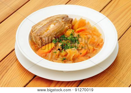 Stewed cabbage and other vegetables with pork meat