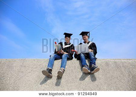 Graduates Student Use Computer