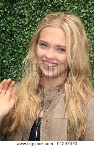 0LOS ANGELES - MAY 16:  Lauren Taylor at the Super Saturday LA at the Barker Hanger on May 16, 2015 in Santa Monica, CA