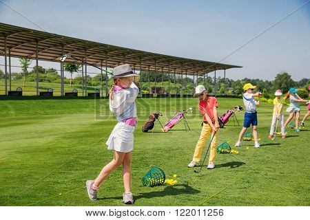 golf summer school