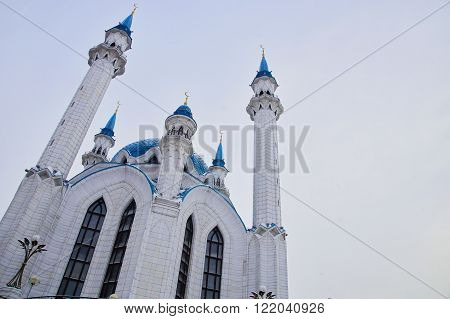 Photo Kul Sharif mosque in Kazan in winter